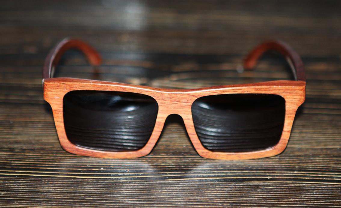 Очки солнечные NM-1109 в деревянной оправе (Розовое дерево)